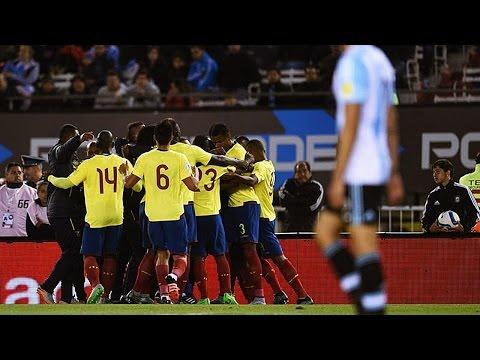 HIGHLIGHTS ● WC 2018 Qualif. ► Argentina 0 vs 2 Ecuador - 9 Oct 2015 | English Commentary