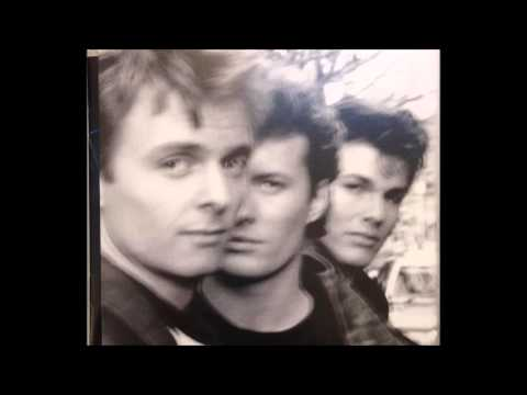 A-HA STAY ON THESE ROADS DELUXE EDITION FULL ALBUM