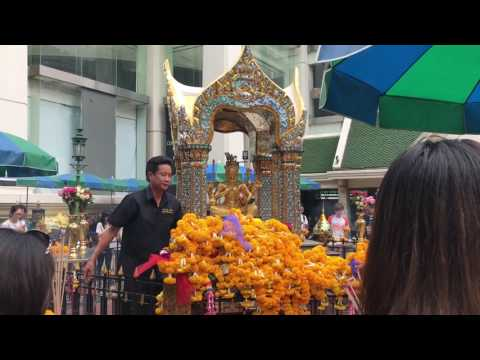 Erawan Shrine - Bangkok - Thailand