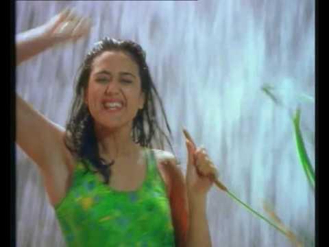 Liril - Waterfall Priety Zinta