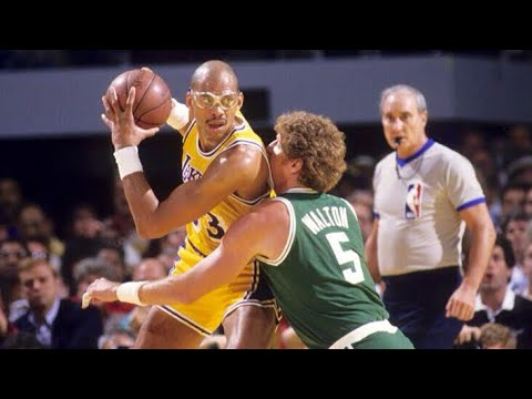 Bill Walton blocks Kareem's Skyhook!