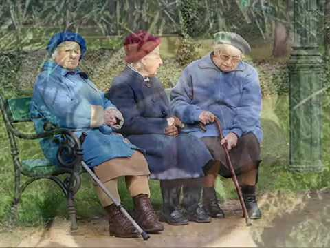 3 Lovely Dublin Old Ladies - Very Funny!