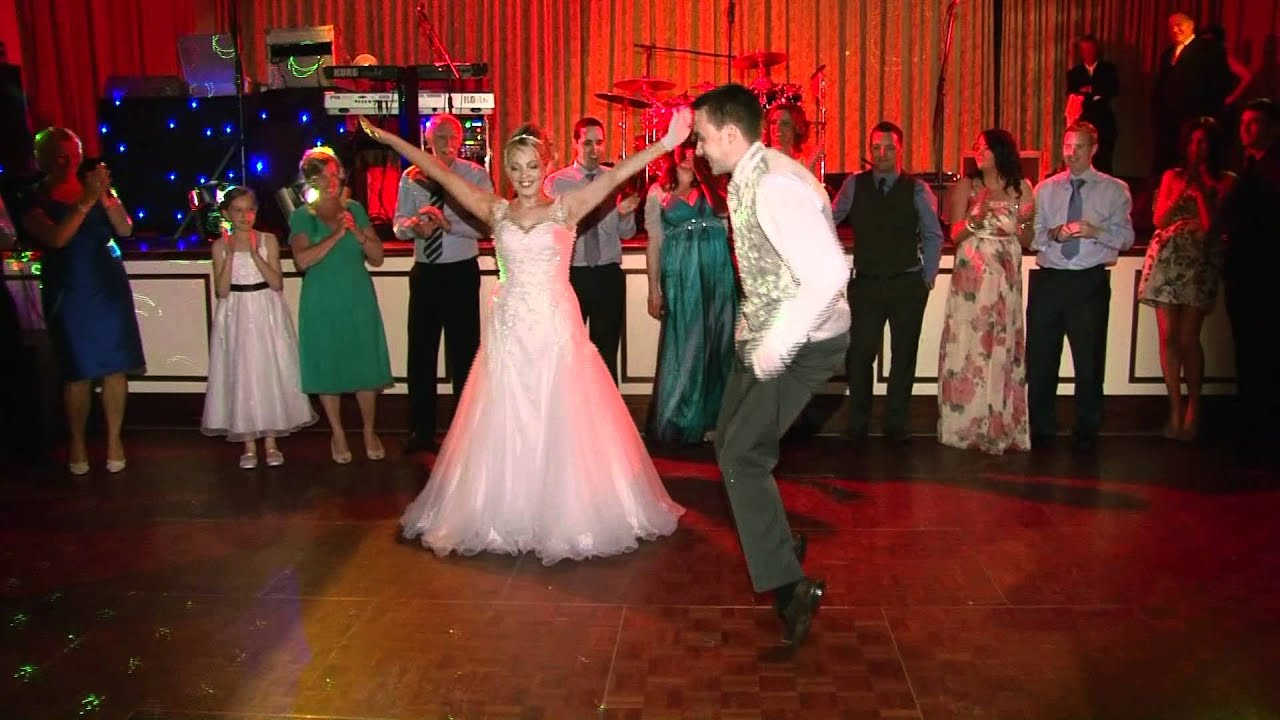 WEDDING FIRST DANCE IRISH STYLECraig And Linda
