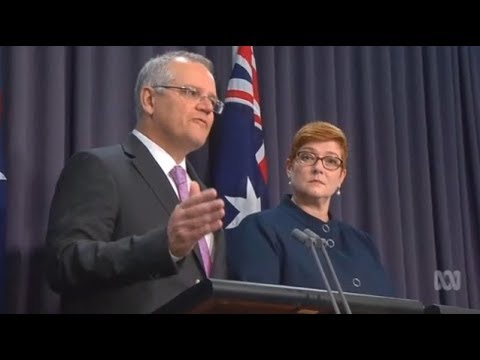 Scott Morrison wont allow Nauru refugees to go to NZ unless 'backdoor' closed