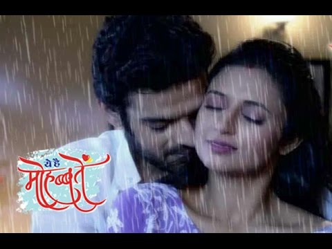 Raman ishita 39 s bathroom romance yeh hai mohabbatein for Bathroom romance photos