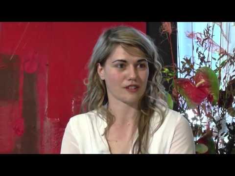 Ottavia Maria Maceratini spricht mit Dr. Rainer Aschemeier