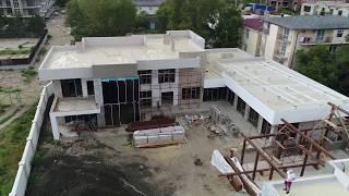 Проектирование и строительство коттеджа 950 кв. метров с бассейном. Отзыв о работе и обзор дома