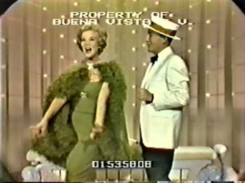 Bing Crosby & Nanette Fabray  Hollywood Palace Medley