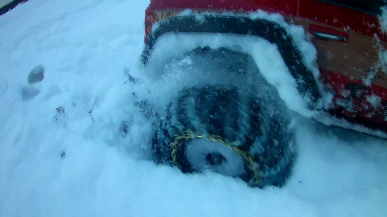 small resolution of redcat everest gen7 plowing snow