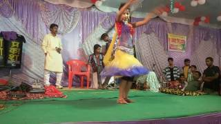 Patali kamar lambe bal New Arkestra dance on a hindi song