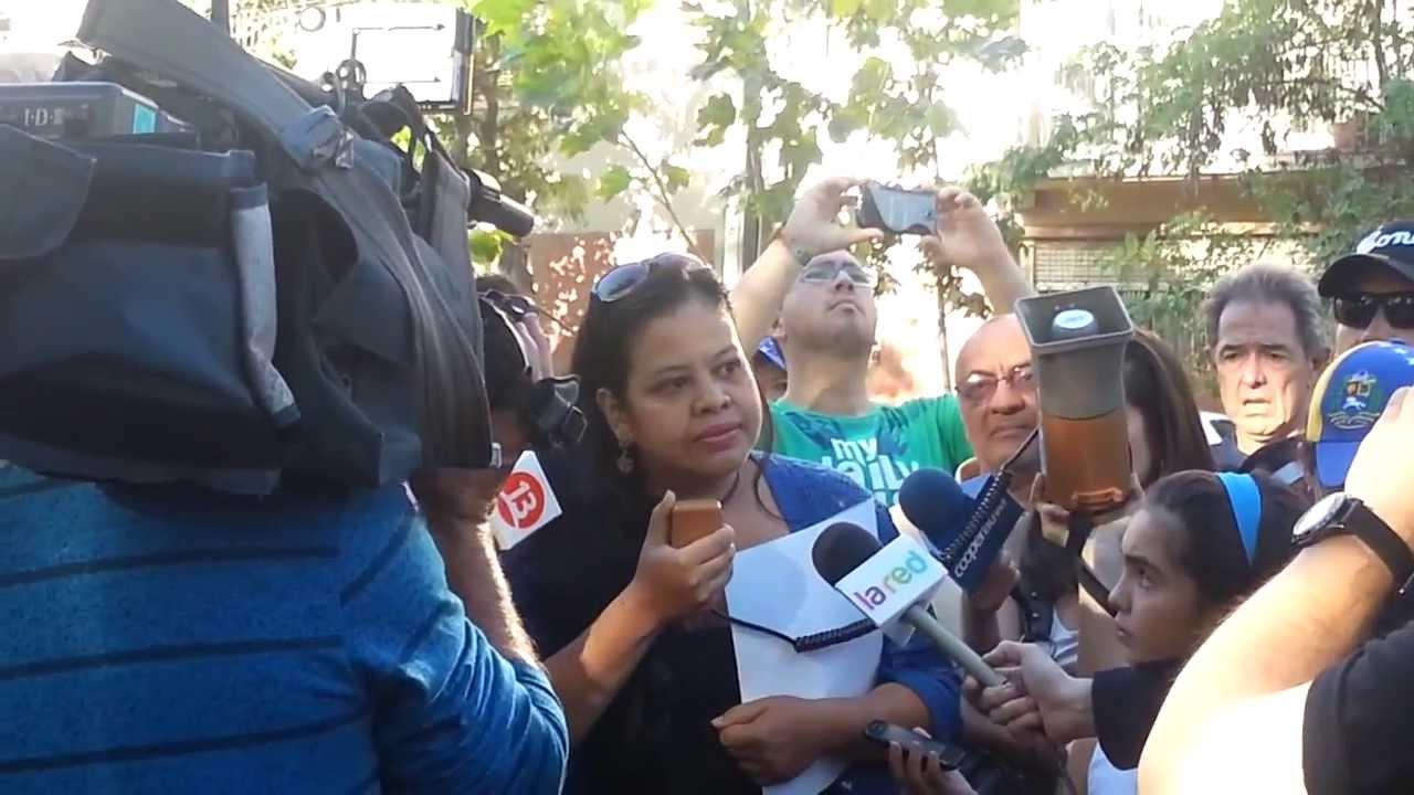 Joven Venezolana Denuncia, Emplaza y Critica a Organizaciones Estudiantiles de Chile