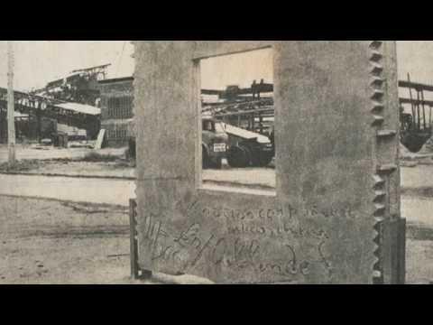 Biennale Architettura 2014 - Absorbing Modernity: 1914-2014. Chile