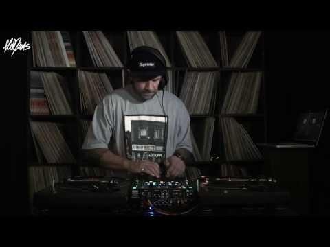 Flo Mega »Mann über Bord« mixed by DJ Stylewarz (Album Snippet)