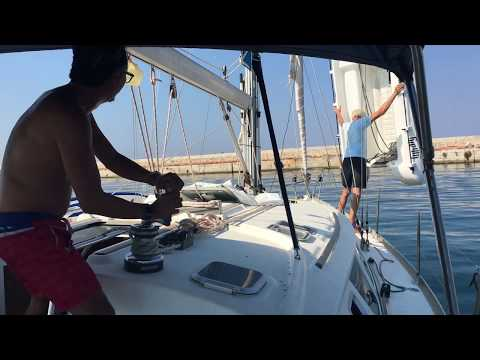 20190822 Taking the dingy our of water - raw footage