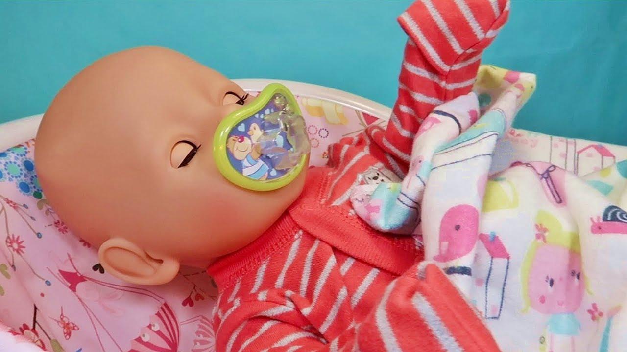 Играем в Куклы Пупсики. Беби Бон Мальчик Кушает и засыпает. Утро Пупса. Зырики ТВ