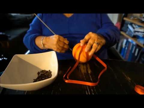 How To Make A Danish Orange With Cloves Holiday Decoration