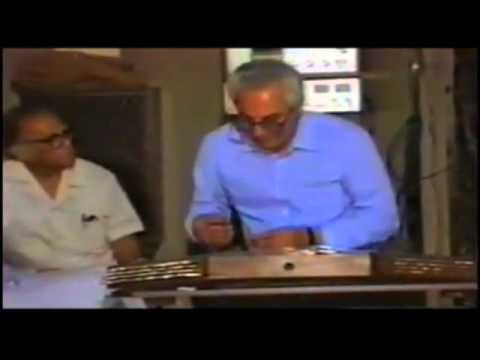 Maestro Milad Kiai playing in Shoor Mode on Santur ( Persian :  میلاد کیایی  )
