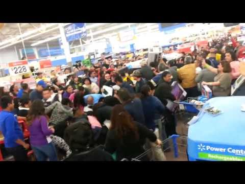 Black Friday Stampede and Fight at Wal Mart - Thanksgiving 2013