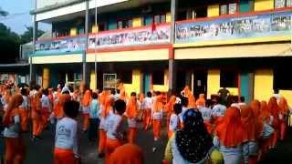 Senam seribu bersama di sekolah