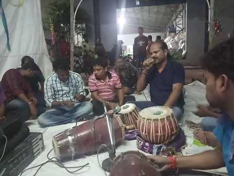 Andha kahuchi are chhota Bhai.