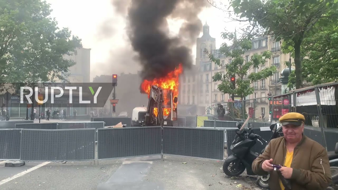 France: Protesters Clash With Police In Rally Against Wuhan Covid Pass & Deadly Forced Vaccinations