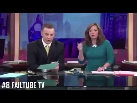 Fox business reporter shows nipple