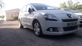 Peugeot 5008.  ( 2011)