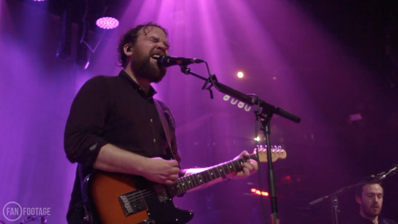 frightened-rabbit-blood-under-the-bridge-live-fanfootage-frightened-rabbit