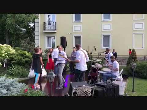 Смотреть клип Рок-н-рольная свадьба Саши и Лины онлайн бесплатно в качестве