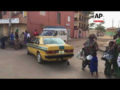 Thousands leave Gambia capital as crisis goes on