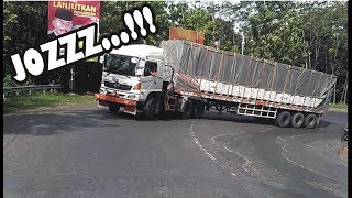 Truck Trailer Truk Gandeng Truk Tronton Truck Container New HINO 500 FUSO Fighter & Ganjo ISUZU Giga