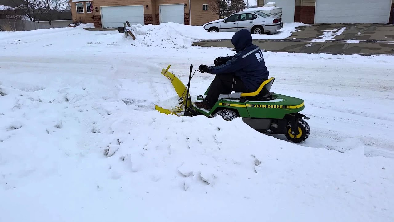 John Deere Snow Blower F525 Manual Sample User F510 Wiring Diagram With Thrower Youtube Rh Com Engine Lawn Mower