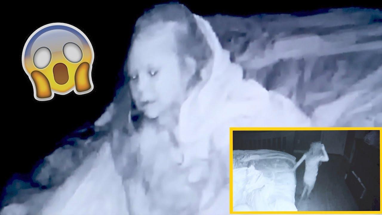 creepy-sleep-walking-caught-on-camera