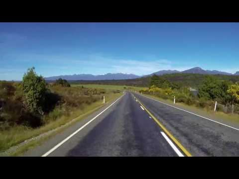 Driving New Zealand - Eglinton Valley to Te Anau
