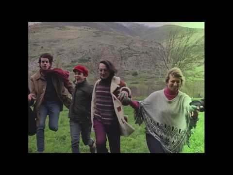 Naked Family - Beautiful Sun (live from Unha, Valle de Arán) from YouTube · Duration:  3 minutes 31 seconds