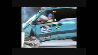 224. IIHS Crash Test 1996-2000 Dodge Caravan