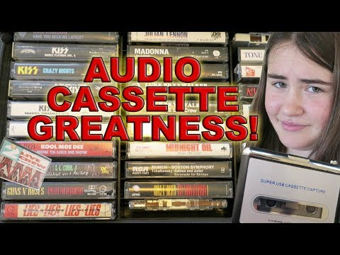 """OPENING DAD""""S OLD AUDIO TAPE CASE"""