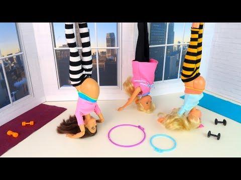Вверх Тормашками или Беременные Мамы Идут на И огу Мультик Барби Куклы Игрушки Для девочек