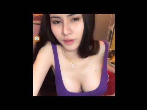 Cewek Sexy Hot Mirip Ayu Ting Ting Bigo Live, Gede Kelihatan