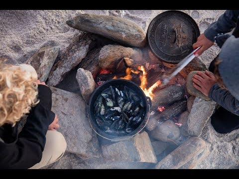 MUSSELS FOR DINNER | A FIELD GUIDE TO WATERMAN THINGS BY JOHN JOHN FLORENCE