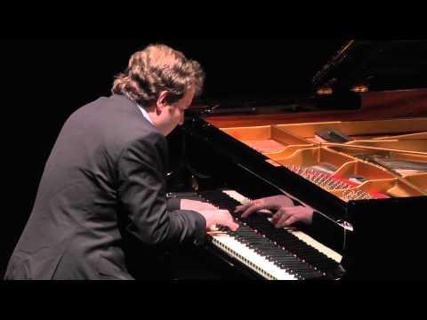 Lukas Vondracek interpreta J.Brahms