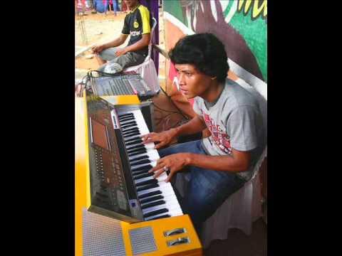BAJU NABIRONG VERSI GUSLIAN LIVE IN LOVANZA MUSIC 2015
