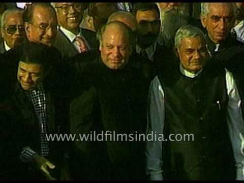 Indian Prime Minister Atal Bihari Vajpayee visits Pakistan: Lahore Declaration