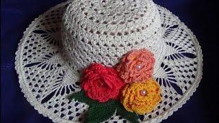Украшаем шляпку листьями и цветами