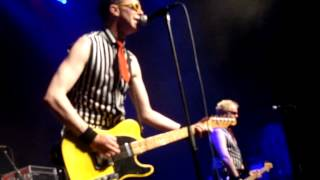 The Toy Dolls - Alec's Gone + Intro (Live @ Poppodium Metropool, Hengelo Netherlands 07-10-2012)
