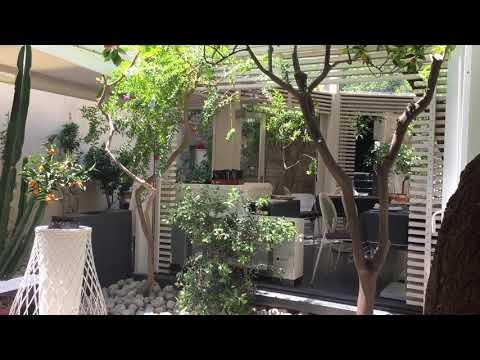 Corteinfiore, Trani, İtalya. - YouTube