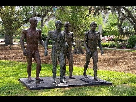The sculpture garden in the New Orleans city park