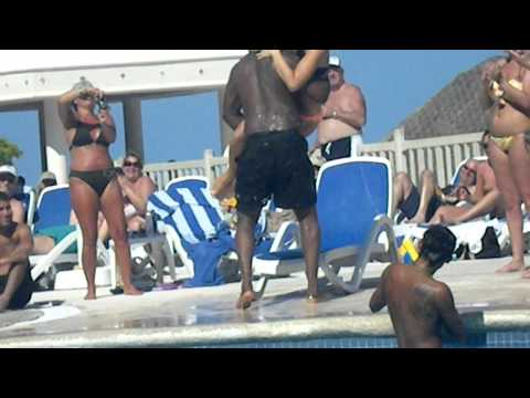 Golden Parnassus Resort & Spa - Lap Dance Game