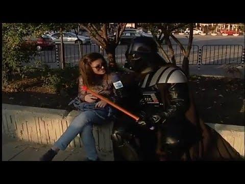 Лудия Репортер - Ще ми подържиш ли меча смях (АРХИВНИ КАДРИ)