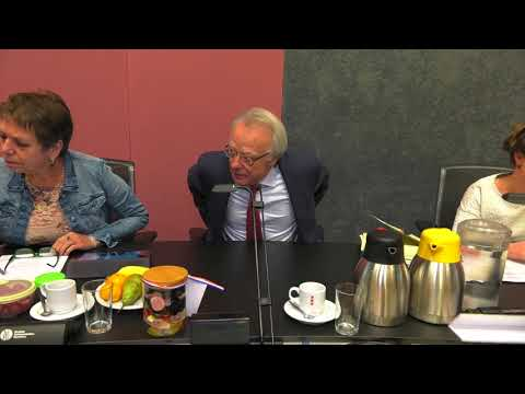 De eerste raadsvergadering van waarnemend burgemeester Van Aartsen